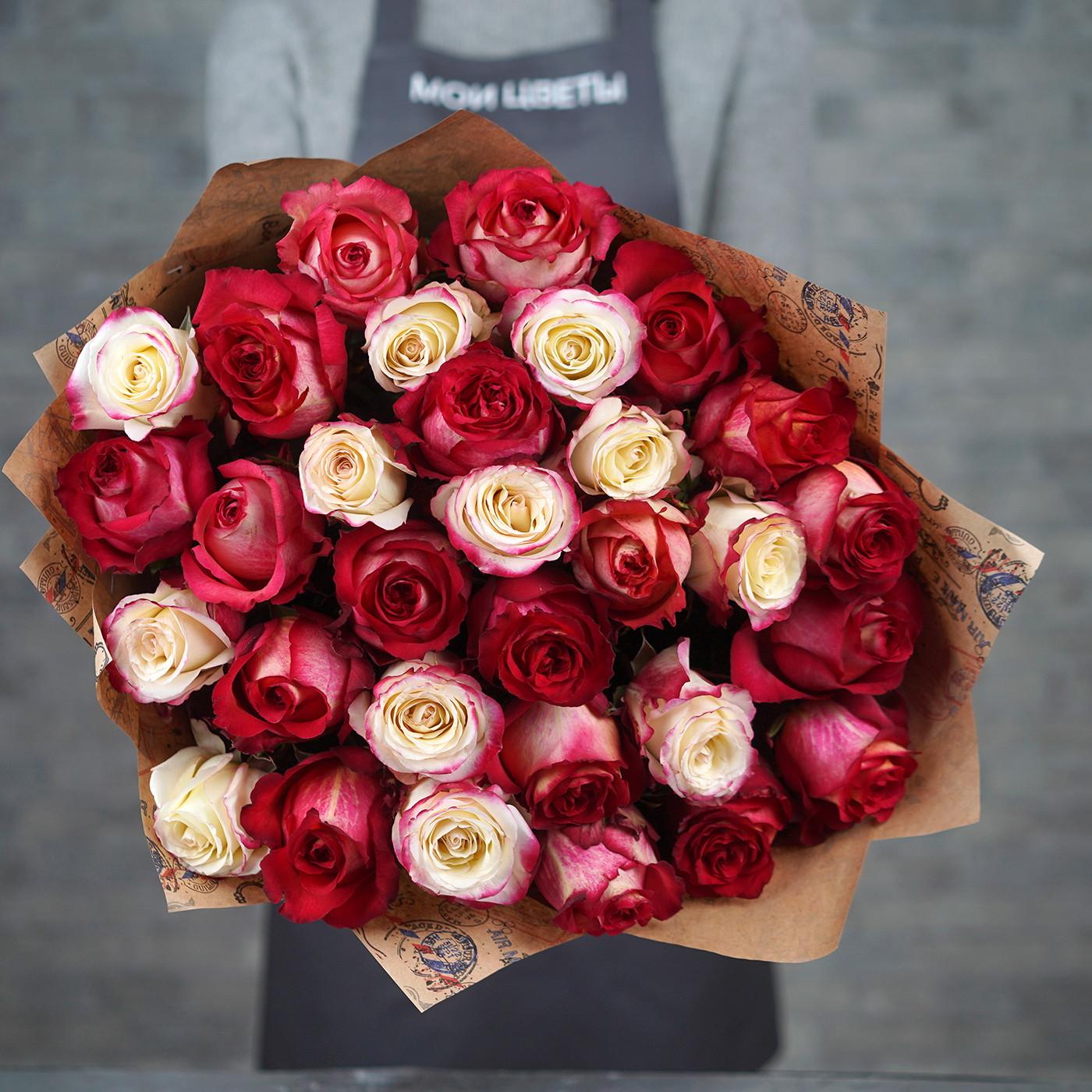Букет из 31 розы «Дуэт»