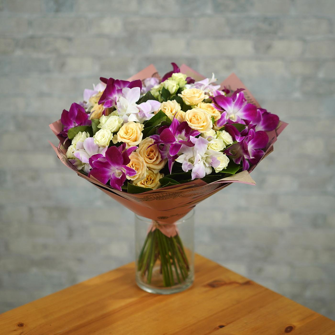 Букет с орхидеей «Витраж»