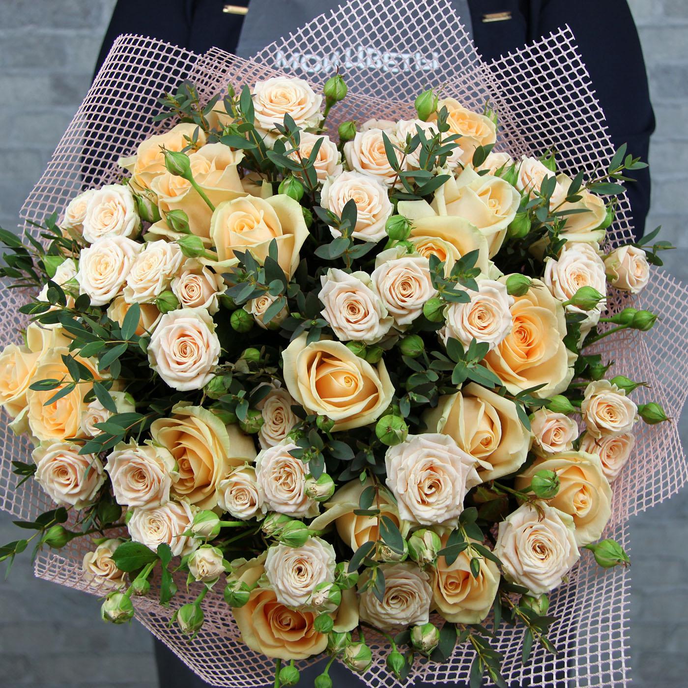 Букет из 29 роз «Чизкейк»