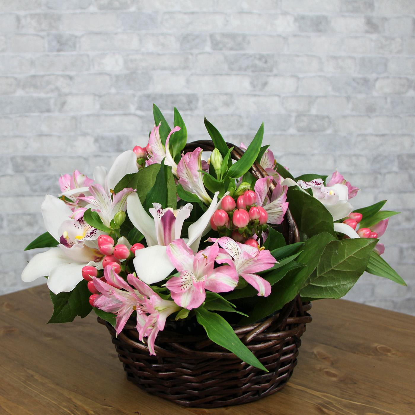 Композиция с орхидеей «Оазис»