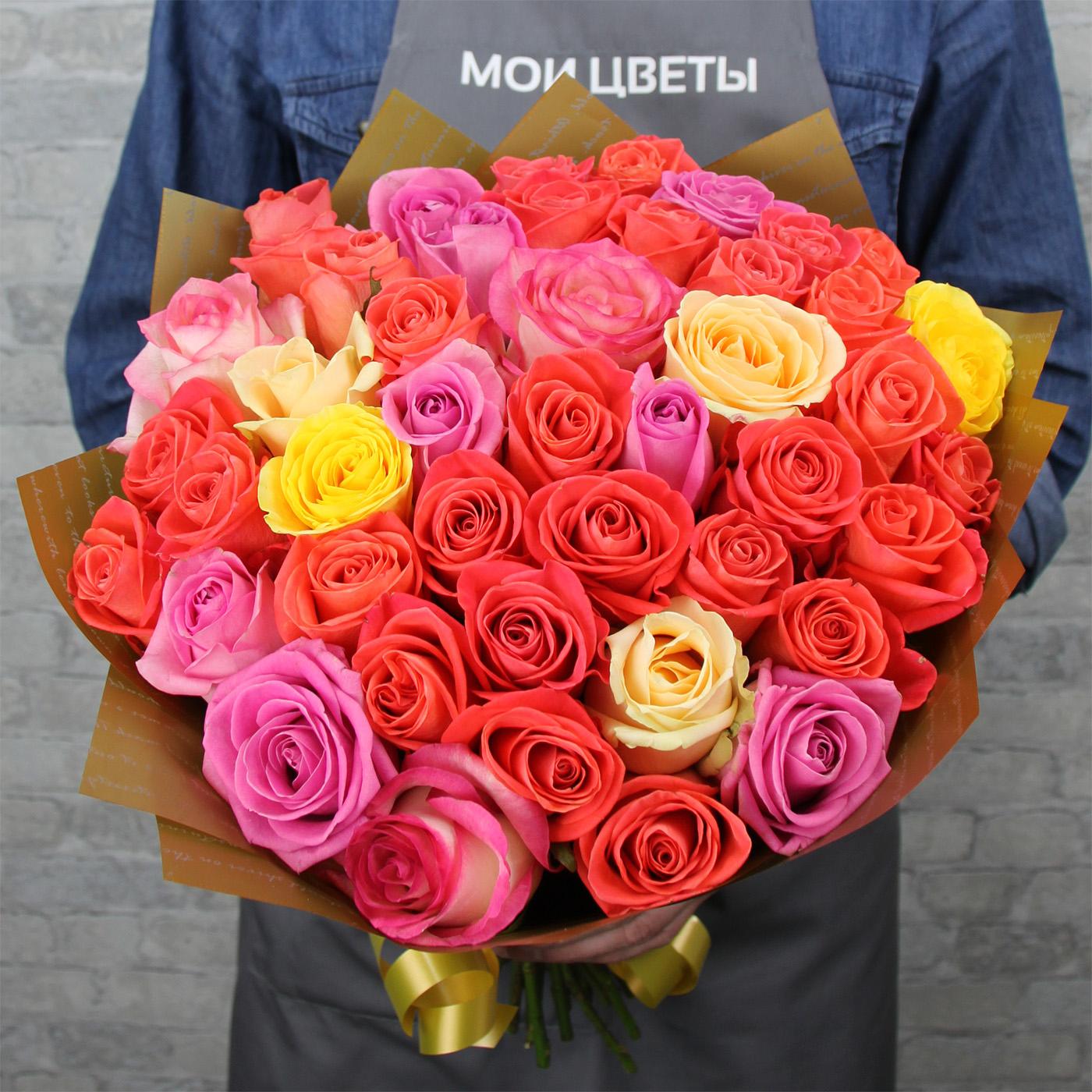 Букет из 31 розы «Грейпфрут»