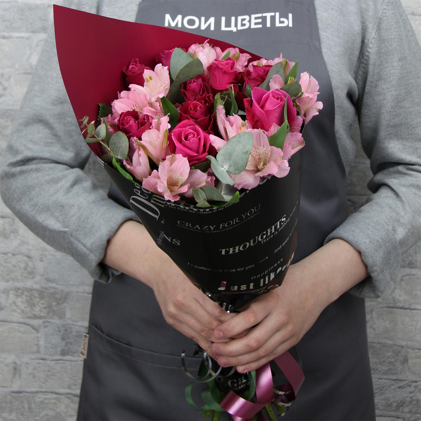 Букет с розой «Пиковая дама»